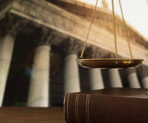 udostoverenie-dogovorov-dareniya-notariusom